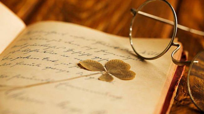escribiendo poemas para bodas de oro