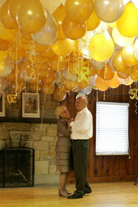 globos bodas de oro detalles