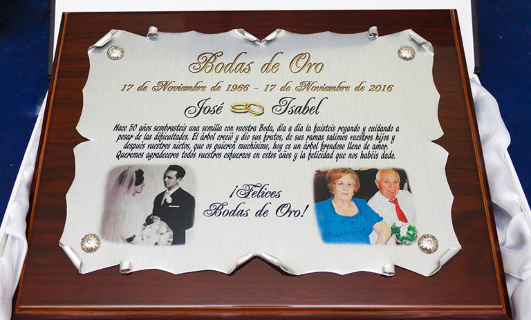 idea de placa conmemorativa